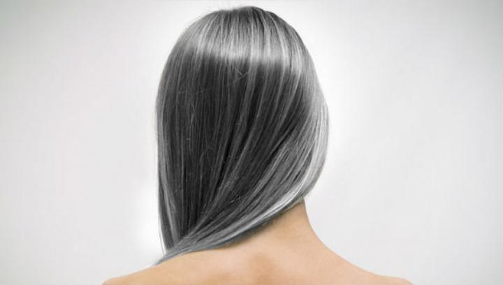 Causes of Early gray hair in women
