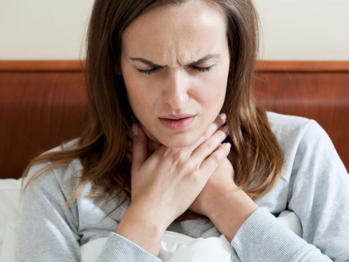 Laryngitis, symptoms and treatment